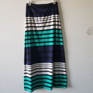 maxi skirt brand new wo tags